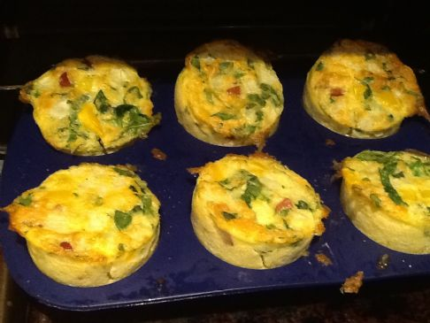 Mini breakfast quiches