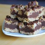 No Bake Chocolate Oat Bars only 3.6 grams sugar per serving