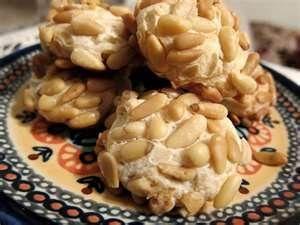 Italian Almond cookies (Traditional Pinoli Cookies)