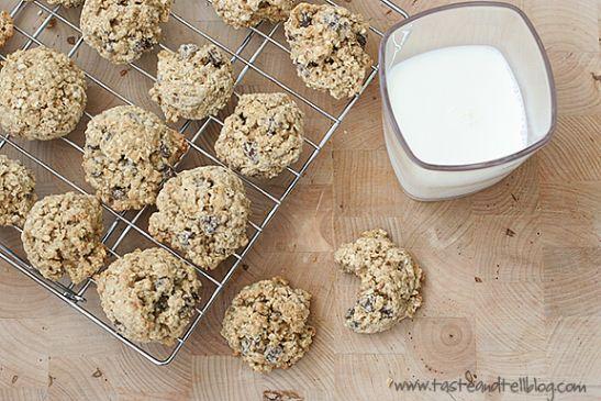 Whole wheat oatmeal banana cookies