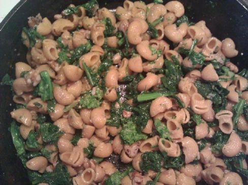 Rappini (brocoli rabe) with walnuts and macraroni
