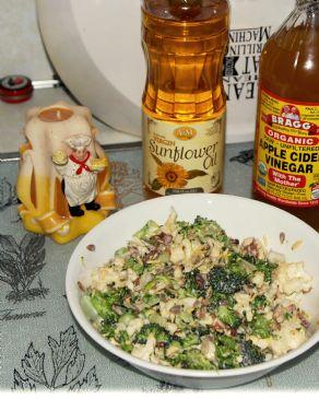 Healthy Cauliflower Broccoli Salad
