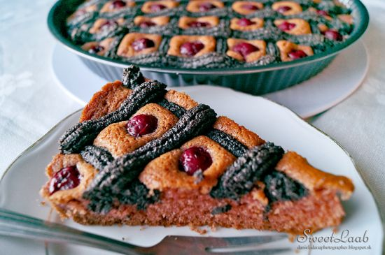 Poppy pie with cherries