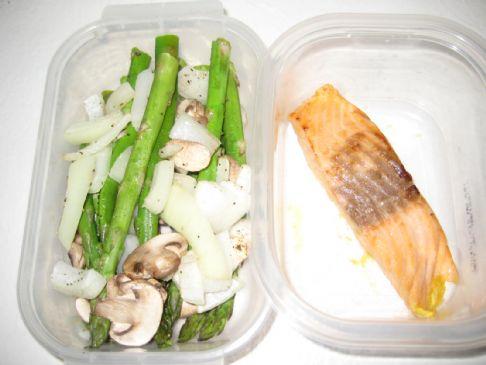 Salmon & Oven Roasted Asparagus