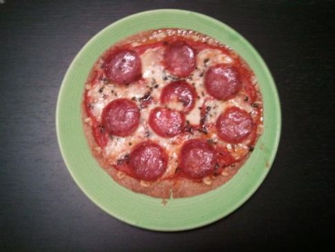 personal pepperoni pizza (whole pizza)