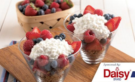 Berry Breakfast Parfaits from Daisy Brand�