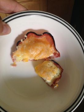 Ham, egg, cheese cups! Very low carb!