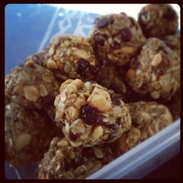 Healthy No Bake Energy Balls!
