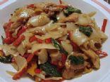Pad Kee Mao Gai (Drunken Noodles w/Chicken)