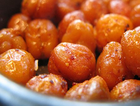 Spicy and Herb-alicious Roasted Chickpeas