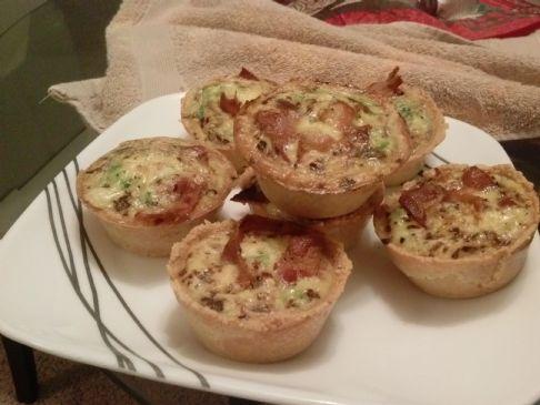 Paleo turkey bacon and broccoli quiche
