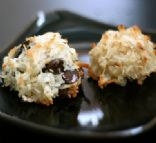 Coconut Macaroons with Chocolate Chips