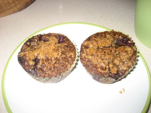 vegan blueberry streusal muffins