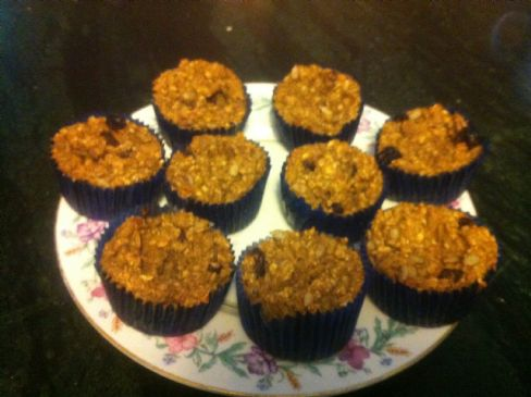 Gluten Free Pumpkin Oatmeal Muffins
