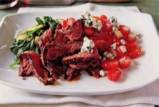 Grilled Basalmic Skirt Steak w/ Sauteed Baby Spinach and Tomato-Vidalia-Blue Cheese Salad