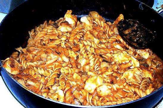 Creamy Cauliflower Chicken Chili Pasta