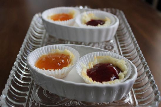 Mini Parmesan Cheese Crisps with Smucker's Sugar Free Apricot and Strawberry Preserves.