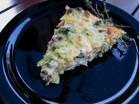 Crustless Quiche with Turkey Bacon, Onion, Broccoli and Mushroom