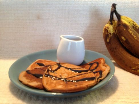 High Protein Choco-Banana Pancakes