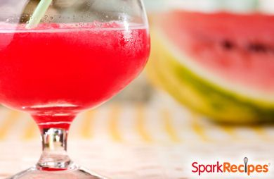4-Ingredient Fruity Sipper