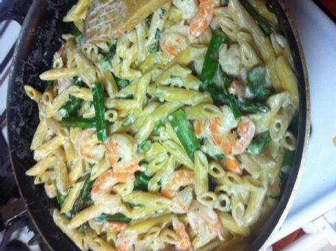 Shrimp & Asparagus in a Garlic Cream Sauce