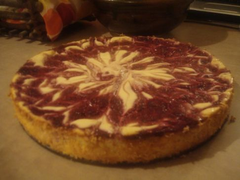 Low-fat Raspberry Swirl Cheesecake