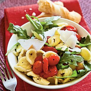 Farfelle with Roasted Peppers and Arugula