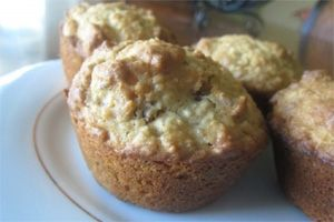 Dr Oz apricot pecan oatmeal muffins