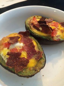 Avocado bacon egg bake