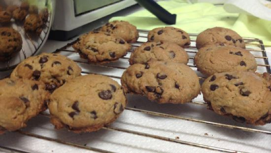 Chocolate Chip Cookies (with oatmeal)