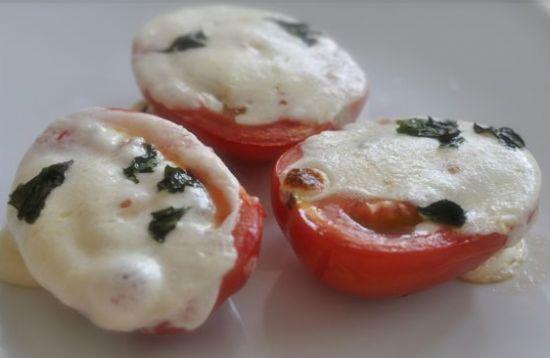 Tomato-Mozzarella Melt