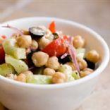 Garbanzo, feta and black olives salad