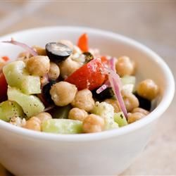Garbanzo, feta and black olives salad