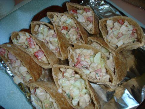 Greek Chicken & Cucumber Pita Sandwiches