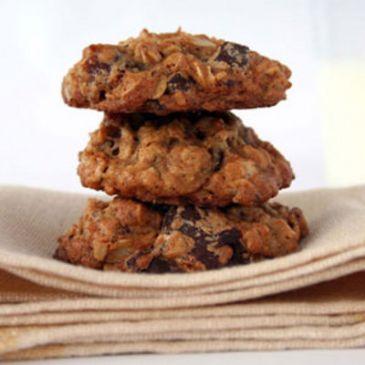Oatmeal Date Chocolate Cookies