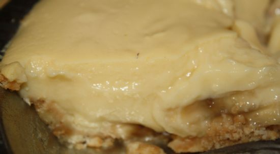 low fat, sugar free old fashioned banana cream pie