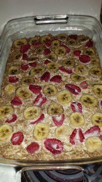 Berry Banana Coconut Oatmeal Breakfast Bars