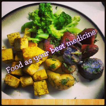 Turmeric Tofu with medley potatoes and broccoli