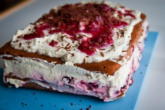 Black Forest Cake Recipes In Marathi: German Black Forest Cake Recipe