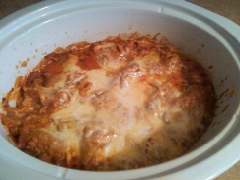 Super easy crock pot lasagna