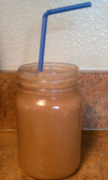 Make Ahead Breakfast Smoothie (Chocolate, PB2 & Oatmeal)