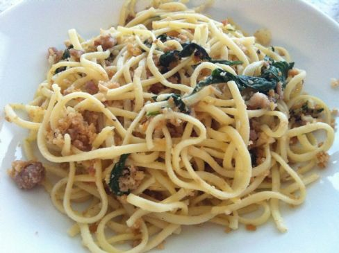 Linguine Fine with Garlic Pork Sausage and Spinach