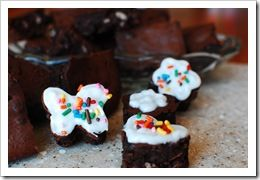 Black Bean Brownies- from superhealthykids.com