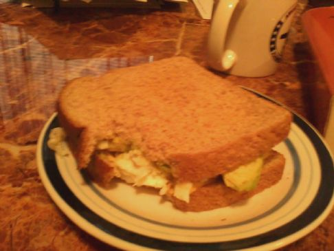 Egg white avacado cheese sandwhich