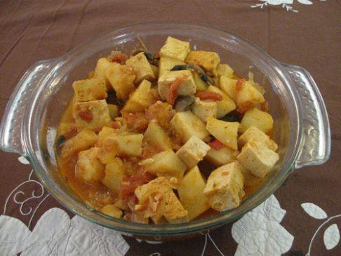 Goulash tofu and potatoes (200 grams per serving)