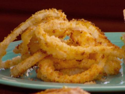 Low Fat Baked Onion Rings Recipe | SparkRecipes
