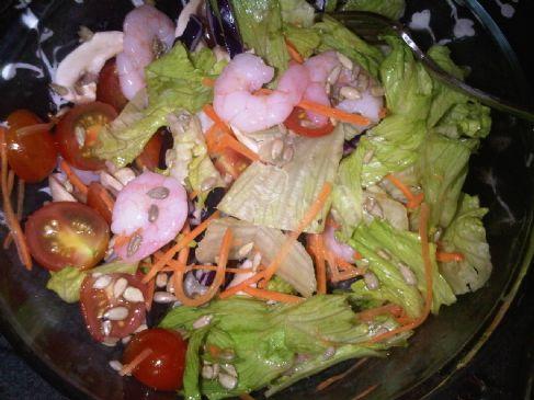Lettuce salad with king prawns