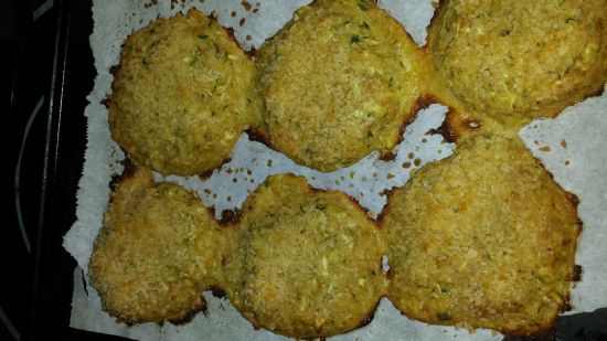 Parmesan and Garlic Zuchini patties