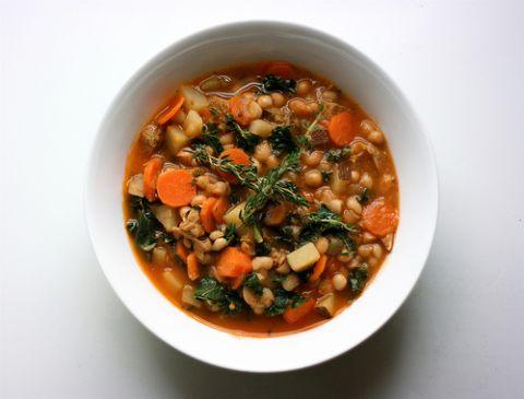 Tuscan White Bean & Spinach Soup