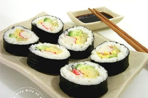 Kara's Crab and Cucumber Sushi